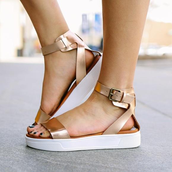 c29a26f9d5f9 NEW MIA Ellen Rose Gold Gladiator sandal size 7.5.  M 5ac1633c8df470fb4bd3c4dd